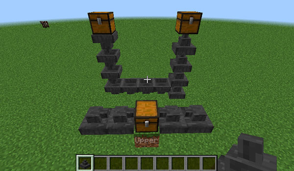 Image where we can see a hopper system, created with the Uppers Mod, that allows to send objects upwards.