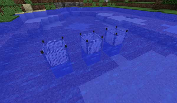 Image where we can see the nets offered by the Water Strainer Mod in action, inside a water zone.
